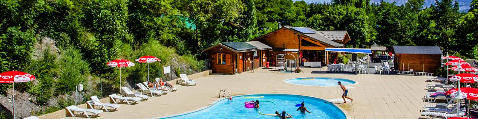 Tarifs camping alpes haute provence camping fontarache for Camping haute provence avec piscine
