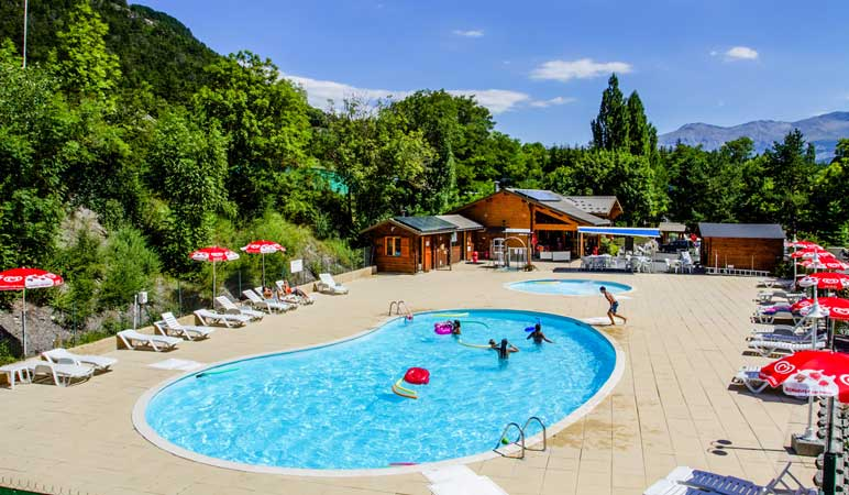 camping piscine fontarache hautes alpes