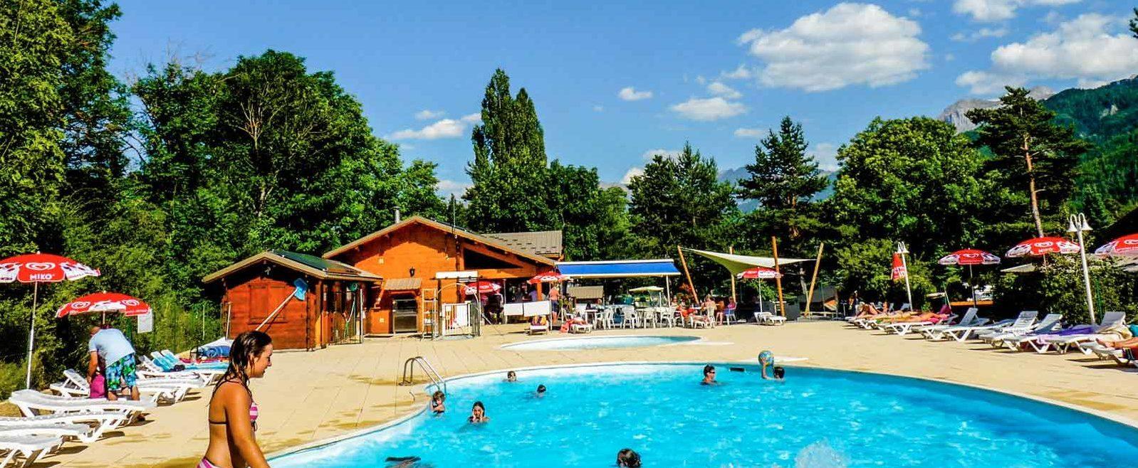 camping alpes sud avec piscine