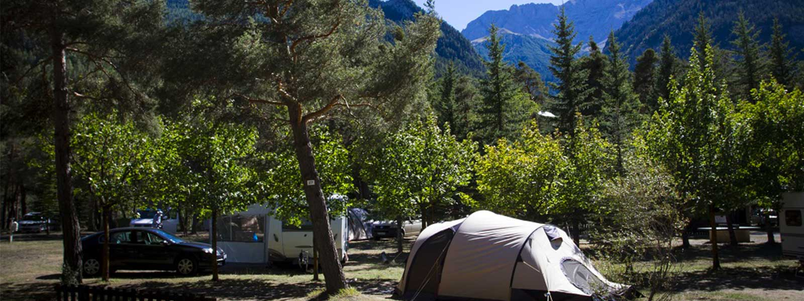 location d'emplacements dans camping alpes