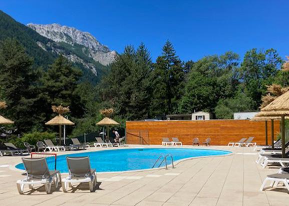 camping alpes de haute provence avec piscine