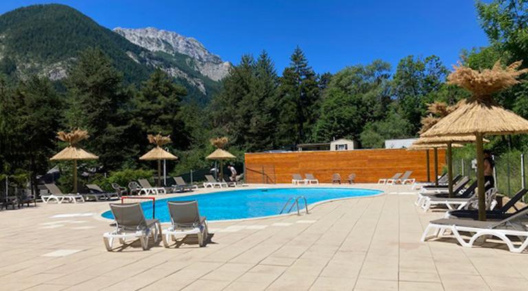 camping avec piscine en paca